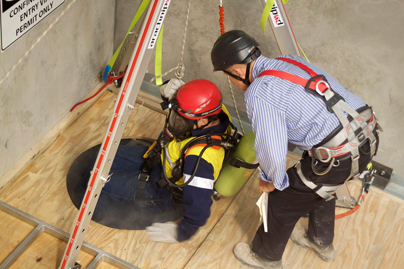 Confined Space Entry Awareness Training WorkSafeBC BC, Vancouver, Surrey, Burnaby, Delta, Victoria, Richmond, Langley, Coquitlam, Maple Ridge, Port Moody, Abbotsford